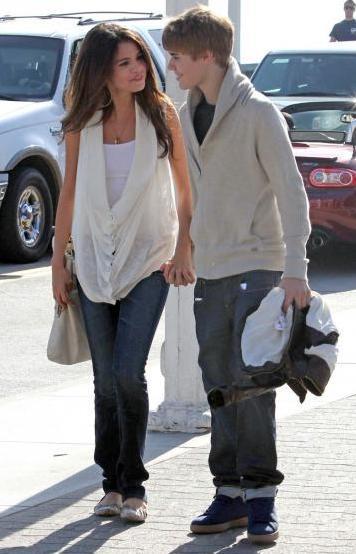 justin bieber 2011 haircut february. Justin Bieber#39;s Haircut
